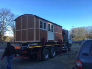 Hut on lorry
